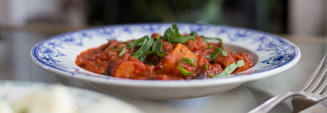 National Curry Week! Healthy Aubergine Curry Recipe