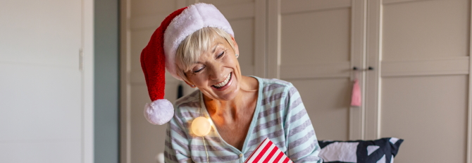 4 Tips to Hold an Awesome Virtual Christmas Party